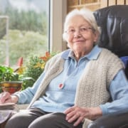 Seniorin wird häuslich gepflegt