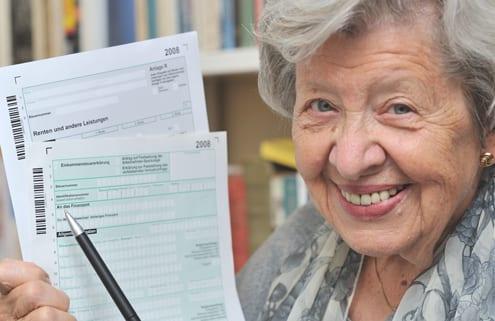 Seniorin setzt Pflege als haushaltsnahe Dienstleistung ab