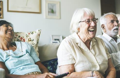 Bewohner in deutschem Pflegeheim in Polen lachen