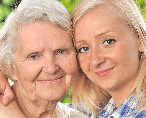 Rentner mit Seniorenbetreuung
