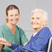 Seniorin in häuslicher Betreuung