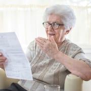 Seniorin ist unzufrieden mit MDK-Gutachten