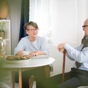 Senioren diskutieren Rechtslage bei der 24-Stunden-Pflege